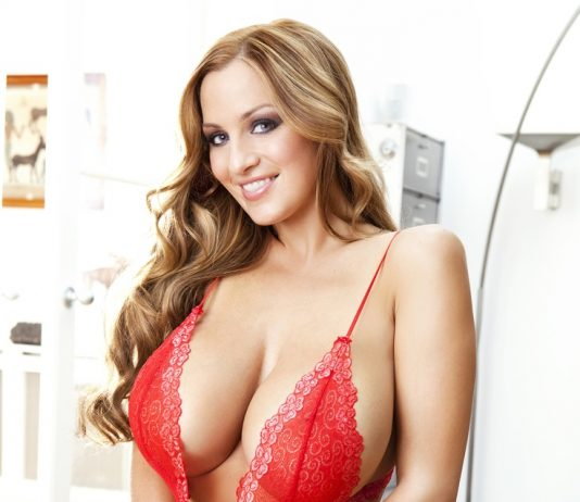Jordan Carver Red Bikini in House and Left Boobs Nipple Show - BIG BOOBS JORDAN CARVER